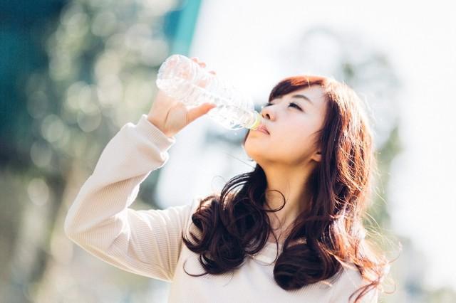 R-1-YUKA-DrinkUp.jpg